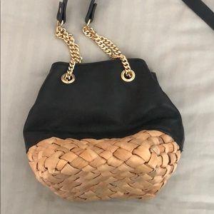 Black shoulder bag with detail